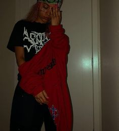Swag Outfits For Girls, Tomboy Outfits, Emo Outfits, Shirts For Girls, Girl Outfits, Instagram Profile Picture Ideas, Gangster Girl, Trippie Redd, Hair Laid