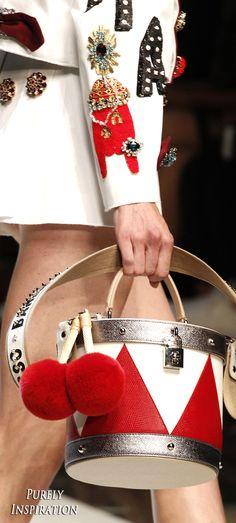 fe17849c3f86 Dolce  amp  Gabbana SS2017 Women s Fashion RTW