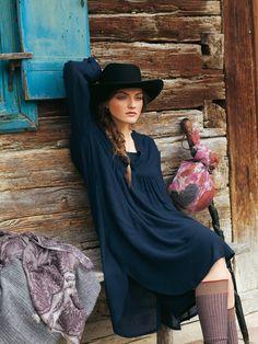 Sheer Placket Dress with Slip 10/2010 #122 – Sewing Patterns | BurdaStyle.com