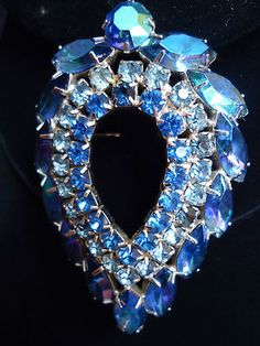 Vintage Delizza & Elster Juliana Sarah Coventry Blue Lagoon Rhinestone Brooch