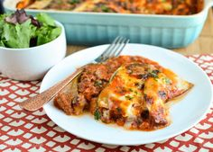 This Slimming World SP Beef Zucchini Lasagne is perfect for when you are on a SP day or want to go low on the carbs. I've thrown myself into a full SP week, so decided Yummy Pasta Recipes, Healthy Eating Recipes, Beef Recipes, Cooking Recipes, Healthy Lunches, Healthy Food, Yummy Food, Slimming World Lasagne, Slimming World Recipes
