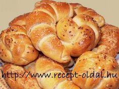 Bread Rolls, Croissants, Pretzel Bites, Hamburger, Bakery, Roast, Food And Drink, Sweets, Recipe