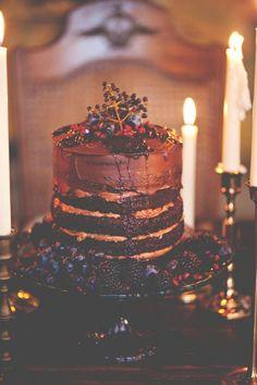 Sumptuous looking cake for a soft gothic wedding. #softgothic #darkwedding #moodywedding #victorianwedding #chocolatecake #weddingcake #weddinginspiration