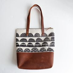 Hey, I found this really awesome Etsy listing at https://www.etsy.com/listing/209529489/arches-carry-all