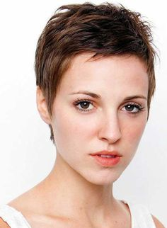 If you searching new pixie haircut pictures, we are here with unique and really stylish pixies. And here you are 20 Good Pixie Crop Hair ideas, long pixie cuts. Haircuts For Fine Hair, Pixie Hairstyles, Pixie Haircut, Pretty Hairstyles, Pixie Crop, Short Pixie, Blonde Pixie Cuts, Short Hair Cuts, Pixie Cut Styles