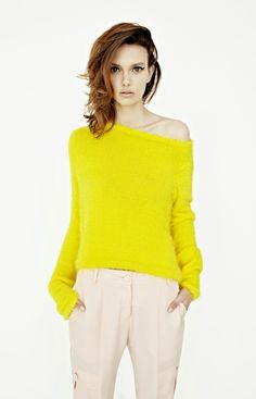 We adore this bright yellow sweater! Karla Spetic F/W 2012 Trends Magazine, Fashion Designer, Mellow Yellow, Neon Yellow, Yellow Top, Yellow Shirts, Yellow Sweater, Yellow Pants, Style Me