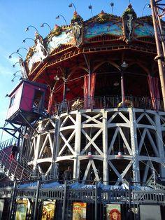 Le carousel des mondes marins Carrousel, Carnival Rides, France, Sydney Harbour Bridge, Playground, Steampunk, Villa, Architecture, Vintage