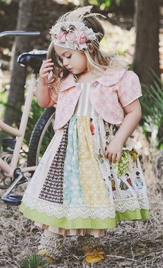 Man, I wish I could mix prints like that! Note to self: the petticoat is important to this look. Link for dress is here: http://www.mylittlejules.com/Persnickety_Clothing_Adele_Dress_in_Multi_Color_p/235multi.htm