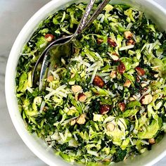 Kale and Brussels Sprout Salad. Kale and Brussels Sprout Salad with a tangy lemon Dijon vinaigrette toasted almonds and pecorino cheese. Italian Salad Recipes, Italian Chopped Salad, Kale Recipes, Vegetarian Recipes, Delicious Recipes, Healthy Recipes, Shaved Brussel Sprout Salad, Shredded Brussel Sprouts, Sprouts Salad