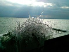 Geneve CH - lake and ice