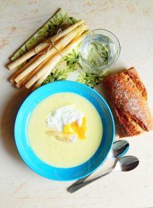 Krémová polievka z bielej špargle Ramen, Eggs, Breakfast, Ethnic Recipes, Fitness, Food, Morning Coffee, Meal, Egg