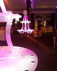 "Buffets ""Chandelier"" on electric cylinders presented with candle verrines Desig . Lustre Design, Birthday Candles, Chandelier, Ceiling Lights, Lighting, Buffets, Home Decor, Blog, Gifts"