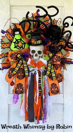 Halloween Door, Halloween Skeletons, Halloween Party, Halloween Wreaths, Halloween Spider, Whimsical Halloween, Halloween Design, Skeleton Decorations, Halloween Decorations