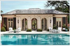 Pool House with classical architecture, a St. Louis pool house designed by Marshall Watson. Image via Traditional Home. Yeah--mine won't look like this. Pool Bad, My Pool, Architecture Antique, Classic Architecture, Pool House Designs, Pool Cabana, Luxury Pools, Villa, Dream Pools