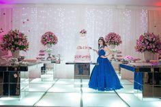 15 anos: a festa clássica – e de princesa – da Carol Neri | Capricho