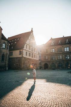 Ein Wochenende in Stuttgart: Sehenswürdigkeiten & unsere Tipps - Sommertage Daughter Of Zeus, Stuttgart Germany, Berlin, Louvre, Camping, Earth, City, Building, Maxis