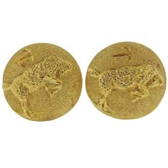 Pair of large 18k yellow gold cufflinks, crafted by Buccellati, featuring Aries zodiac sign.  DESIGNER: Buccellati MATERIAL:Gold GEMSTONE:None DIMENSIONS: 23mm in diameter WEIGHT: 31g MARKED/TESTED:Gianmaria Buccellati, 18k, Italy CONDITION: Estate PRODUCT ID: 18643