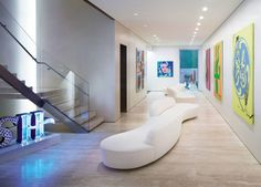 Modern Entrance Hall by Ingrao Inc. and Frederic Schwartz Architects in New York, New York