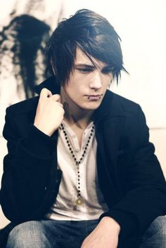 Keelan Harrington, Part of the Luna Ignis coven. He is 19 years old, and has the power of Elctrokenisis ( electricty manipulation) His father is the second leader of the Coven.
