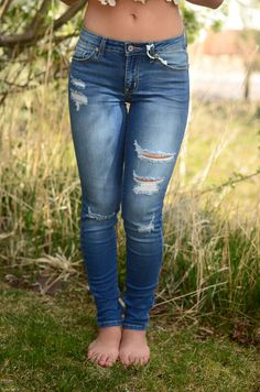 These jeans are the best summer jean you could ask for! They are perfect for those cool nights full of adventure! They have rips down the front which add a fun detail to them as well as a slight stret