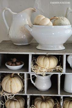 FARMHOUSE 5540: Ironstone and Pumpkins