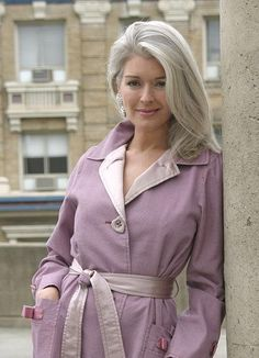Pictures & Photos of Linda Fischer - IMDb www.imdb.com