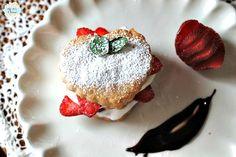 My 1929 Charmer | Valentine Strawberry Pastry Dessert | http://my1929charmer.com