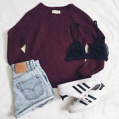 Luna Hi Lo Sweater & Black Zara Bralette #bralette #sweater #frankiephoenix