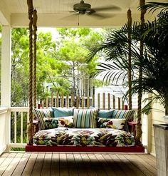 La Balancelle De Jardin - Le Mobilier Pour Un Patio Merveilleux ... Hollywoodschaukel Garten Veranda