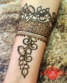 Tattoo mandala forearm style ideas for 2019 Khafif Mehndi Design, Mehndi Designs For Girls, Stylish Mehndi Designs, Bridal Henna Designs, Mehndi Style, Mehndi Design Pictures, Best Mehndi Designs, Beautiful Mehndi Design, Mehandi Designs