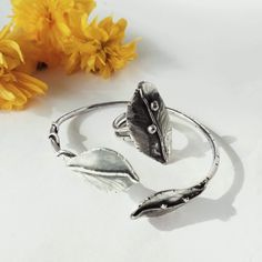 The silvery petals to the yellowy flowers. Aesthetic Yellow, Photography Aesthetic, Yellow Flowers, Handcrafted Jewelry, 925 Silver, Contemporary Art, Gemstone Rings, Organic, Gemstones
