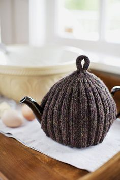 teapot cozy, see sample in Noro