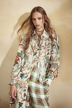 Alberta Ferretti Resort 2018 Collection Photos - Vogue