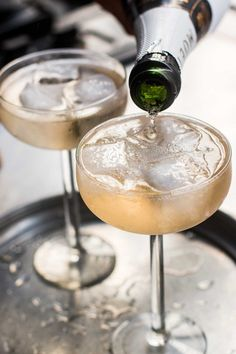 There's are new champagnes, meant to be served over ice! French champagne producers are making sparkling wines meant to be served on the rocks. Cocktails Champagne, Glass Of Champagne, Sparkling Wine, Champagne Glasses, Orange Syrup Cake, Glace Fruit, David Lebovitz, Ginger Syrup, Wine