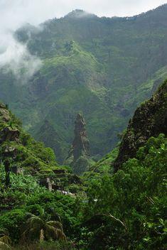 Grande Riberia Hike, Sao Antao, Cape Verde (2592 X 3872)