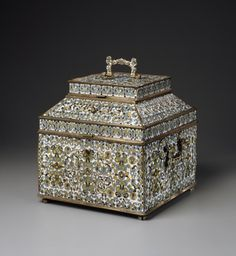 """Late 17th century Russian (Ustiug) casket at the Walters Art Museum, Baltimore - From the curators' comments: """"This casket is in the form of a """"teremok,"""" the upper portion of a house that was set aside for women in Russian noble households during the 16th and 17th centuries. Probably intended for jewelry, the casket has a large compartment below, and the lid itself contains a compartment; both were probably once fitted with special containers."""""""