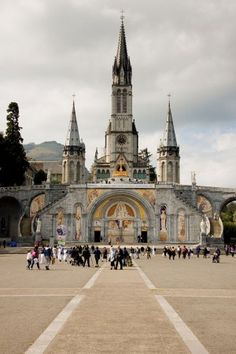 Lourdes Shrine in Ruins After Floods. pray to Our Lady to restore her shrine for the pilgrims to Lourdes! And click the link to find out how to help. The Places Youll Go, Places To See, Beautiful Buildings, Beautiful Places, Lourdes France, La Salette, Loire Valley, Cathedral Church, Famous Places