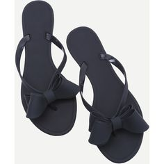 SheIn(sheinside) Black Bow Detail Flip Flops ($24) ❤ liked on Polyvore featuring shoes, sandals, flip flops, black bow sandals, strap sandals, peep toe sandals, strappy leather sandals and black low heel sandals