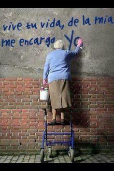 Graffiti art , street art , Urban art art Life style by urbanNYCdesigns Banksy, Street Photography, Art Photography, Graffiti Artwork, Jolie Photo, Urban Art, Old Women, Black And White Photography, Portraits