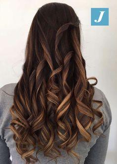 Milk & Coffee Shades _ Degradé Joelle #cdj #degradejoelle #tagliopuntearia #degradé #igers #musthave #hair #hairstyle #haircolour #longhair #ootd #hairfashion #madeinitaly #wellastudionyc