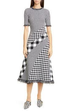 online shopping for Oscar la Renta Mixed Gingham Tweed Knit Dress from top store. See new offer for Oscar la Renta Mixed Gingham Tweed Knit Dress Elegant Dresses Classy, Elegant Dresses For Women, Sophisticated Dress, Classy Dress, Dresses For Work, Classy Casual, Classy Chic, Simple Dresses, Casual Dresses