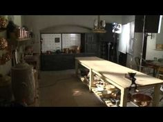 Alastair Bruce's downstairs tour of Downton Abbey set. Interesting video.