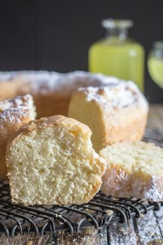 A refreshing simple Limoncello Cake, the perfect dessert or perfect with a cup of tea or coffee. A sprinkling of Powdered Sugar is all it needs. Limoncello Cake The main reason I am doing a Lemon Desserts, Lemon Recipes, Just Desserts, Sweet Recipes, Baking Recipes, Delicious Desserts, Dessert Recipes, Dessert Ideas, Health Desserts
