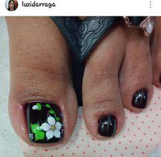 #unasdecoradas Cute Pedicure Designs, Toe Nail Designs, Nail Polish Designs, Acrylic Nail Designs, Toe Nail Color, Toe Nail Art, Feet Nails, Winter Nail Designs, Purple Nails