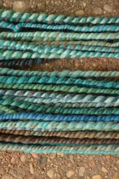 HOW TO - Finishing spun yarn off 5 different ways.