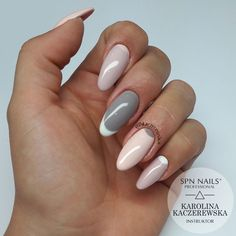 "1,149 Likes, 29 Comments - Karolina Kaczerewska (@kaczerewska) on Instagram: ""@spnnails ▪ 503 Black Tulip + 502 My wedding dress ▪ Farbka UV #nails #paznokcie #spnnails…"""