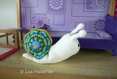 Ravelry: Crochet pattern, amigurumi baby snail doll (140) pattern by Luz Mendoza