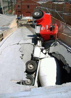 Cement truck falls thru parking garage ramp! Lift Operator Training www. Cool Trucks, Big Trucks, Semi Trucks, Funny Accidents, Wow Photo, Mixer Truck, Concrete Mixers, Heavy Machinery, Heavy Truck