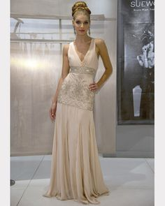 SUE WONG Antique Embroidered Gown Size 5 Wedding Dress | Sue wong ...