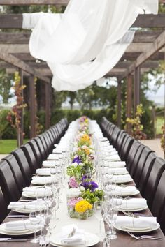 Love the imperfect organza following the centre of the table